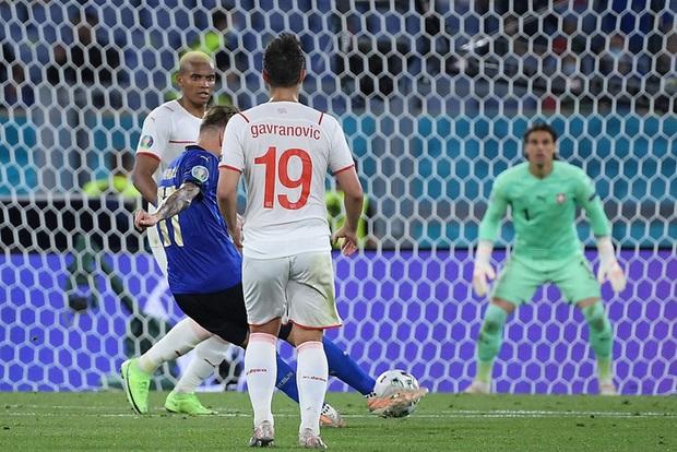 Xác định đội đầu tiên vượt qua vòng bảng Euro 2020: Đá hay không ai chịu nổi - Ảnh 7.