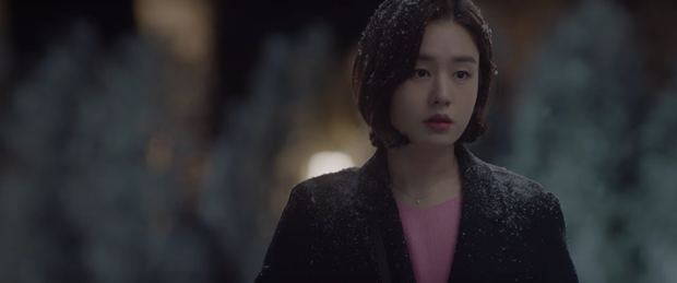 Hospital Playlist 2 tập 1 ngọt sâu răng, nhưng lời hồi âm của Song Hwa cho màn tỏ tình của Ik Jun lại đau xé lòng - Ảnh 3.