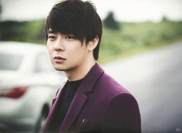 """Yoochun (DBSK): Hoàng tử vươn lên từ tuổi thơ cơ cực, hiện nguyên hình vì phốt """"kinh thiên động địa"""" từ tình dục đến ma túy - Ảnh 17."""