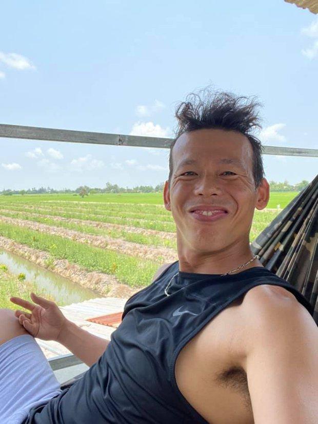Ông chú Tấn Trường hồi sắp giải nghệ: Da đen nhẻm, biểu cảm hề hước không hổ danh vựa muối mới của tuyển Việt Nam - Ảnh 4.