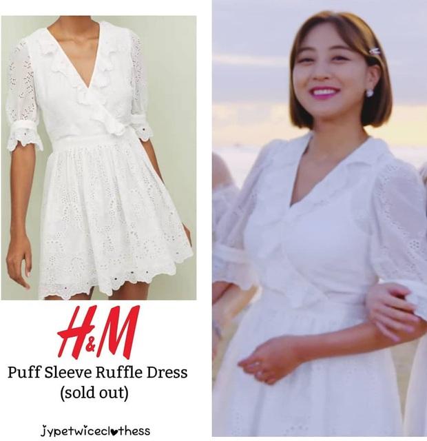 Jihyo (TWICE) diện chung áo với mẫu hãng nhưng chiếm sóng nhờ 1 chi tiết mlem hơn hẳn - Ảnh 2.