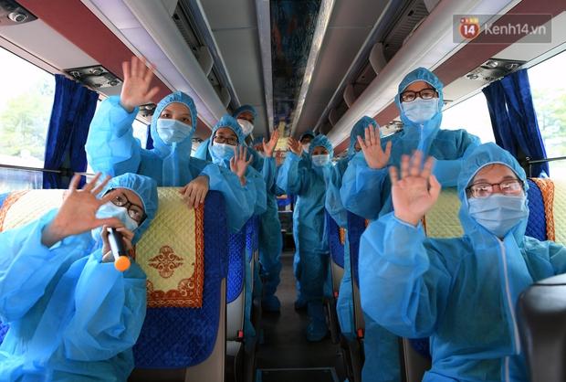 Đoàn y bác sĩ Quảng Ninh hoàn thành nhiệm vụ chi viện cho tâm dịch Bắc Giang, nhận bằng khen của Thủ tướng Chính phủ - Ảnh 13.