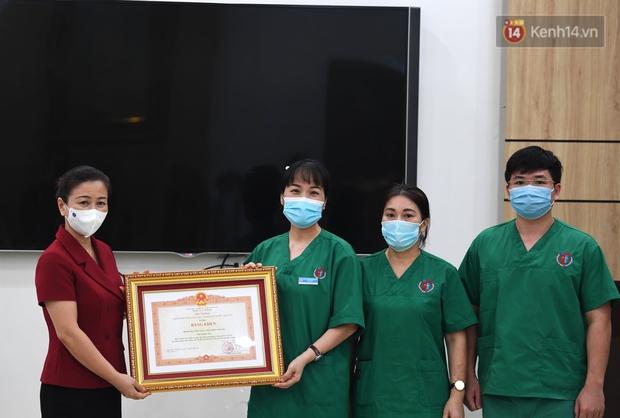 Đoàn y bác sĩ Quảng Ninh hoàn thành nhiệm vụ chi viện cho tâm dịch Bắc Giang, nhận bằng khen của Thủ tướng Chính phủ - Ảnh 4.
