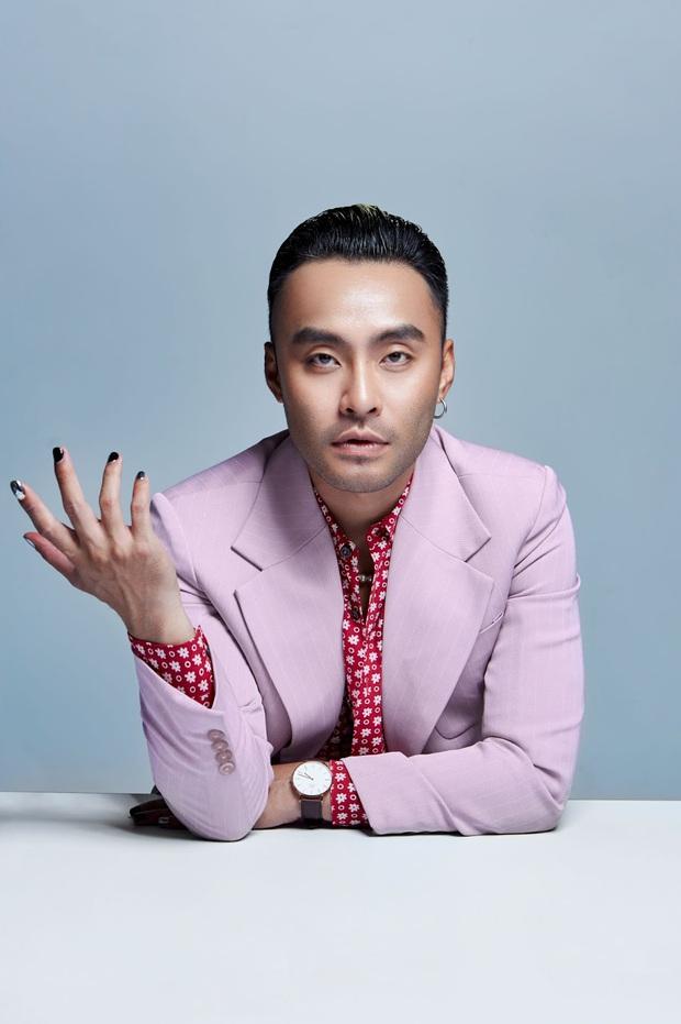 Dustin Phúc Nguyễn được YouTube vinh danh trong top 4 nhà sáng tạo nội dung thuộc cộng đồng LGBTQ+ khu vực Đông Nam Á! - Ảnh 1.