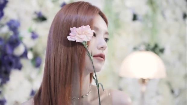 Góc ngược đời: Rõ ràng là khen visual gà cưng ITZY nhưng nhân viên JYP lại bị chỉ trích lươn lẹo? - Ảnh 10.