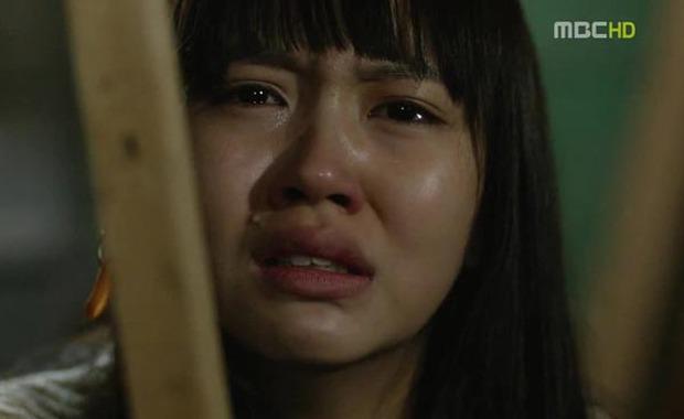Kim So Hyun từng đóng cảnh bị cưỡng hiếp khi mới 13 tuổi, netizen đến giờ xem lại vẫn còn bức xúc - Ảnh 1.