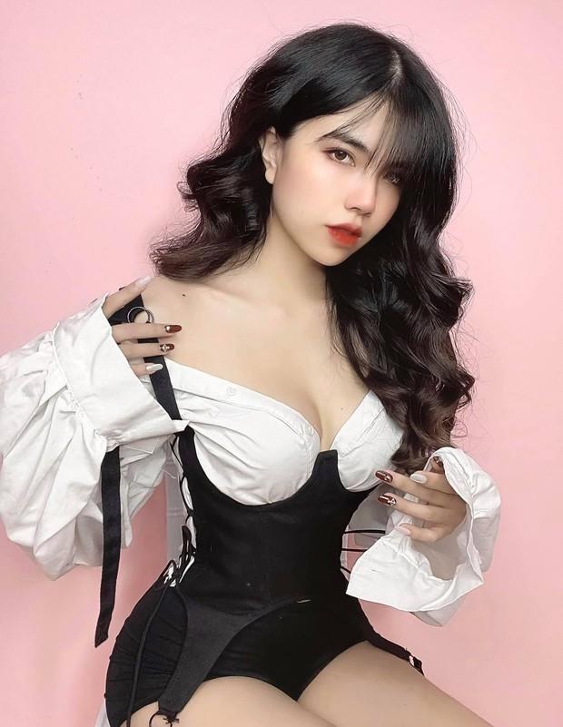 Nóng: Nữ streamer sexy nhất Việt Nam - Mai Dora bất ngờ ngất xỉu ngay trên sóng livestream - Ảnh 1.