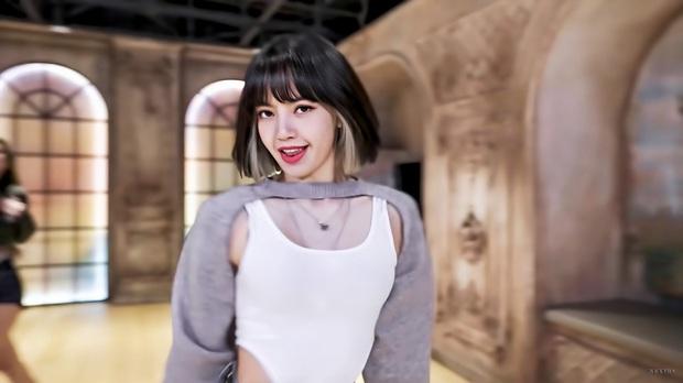 BLACKPINK reaction màn nhảy cover của fan: Lisa tìm ra bản sao y hệt, kinh ngạc vì đầu tư xịn xò như MV - Ảnh 8.