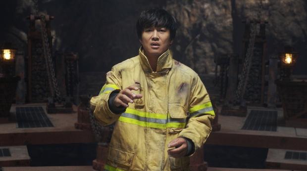 """Cặp đôi Cô Nàng Ngổ Ngáo sau 20 năm: Người thành """"mợ chảnh"""" đắt giá nhất màn ảnh Hàn, kẻ lao đao vì bê bối chấn động - Ảnh 13."""