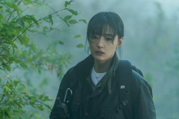 Kingdom 3 chưa thấy đâu, mợ chảnh Jeon Ji Hyun và Joo Ji Hoon đã chốt ngày oanh tạc ở phim mới - Ảnh 4.