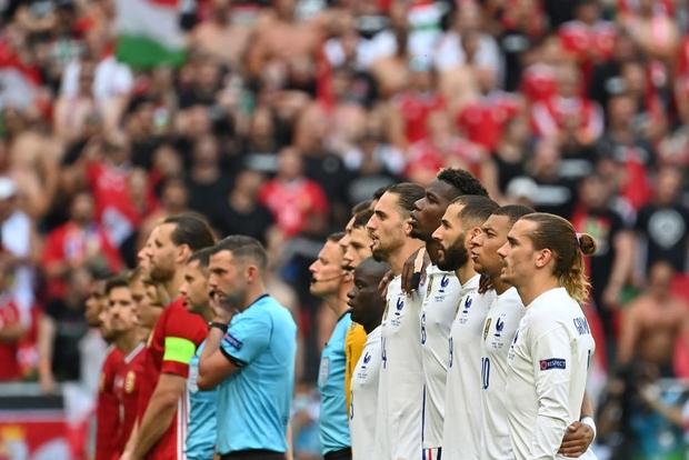 Chấn động Euro: Nhà vô địch thế giới Pháp hòa thất vọng trước Hungary trong ngày thi đấu dưới sức ép của hơn 5 vạn khán giả - Ảnh 22.