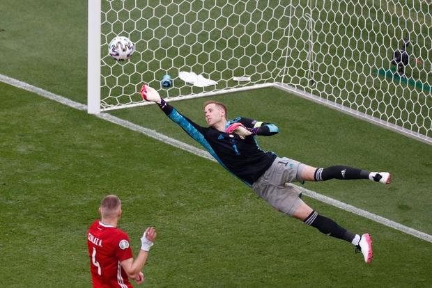 Chấn động Euro: Nhà vô địch thế giới Pháp hòa thất vọng trước Hungary trong ngày thi đấu dưới sức ép của hơn 5 vạn khán giả - Ảnh 9.