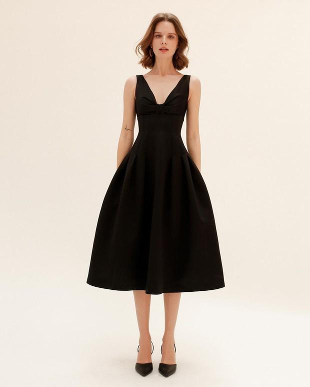 """Khánh Linh sang chảnh với """"váy thư ký"""" 2 triệu của Zara, bonus thêm cho bạn vài mẫu tương tự mà rẻ hơn nhiều  - Ảnh 10."""