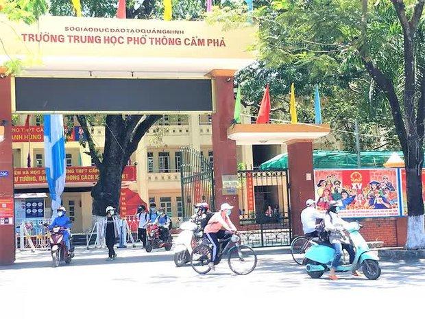 Quảng Ninh: Các cơ sở giáo dục hoạt động trở lại trong trạng thái bình thường mới - Ảnh 1.
