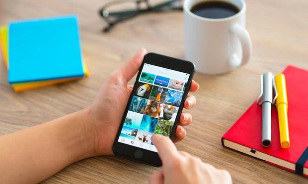 Mẹo đơn giản tăng tốc iPhone và Android - Ảnh 1.