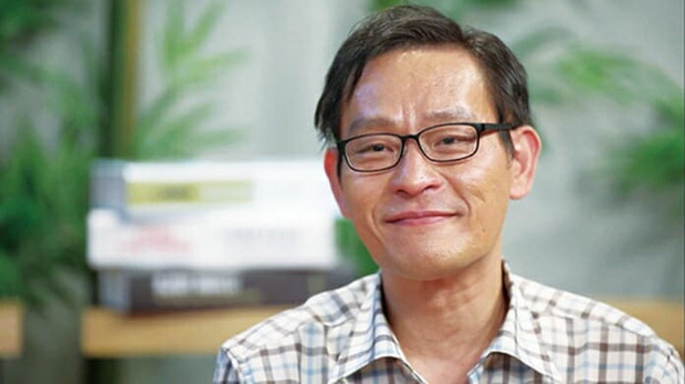 Thiên tài Hàn Quốc có IQ cao nhất thế giới: Làm việc cho NASA năm 8 tuổi nhưng bỏ chốn xa hoa về nước để học lại tiểu học và hạnh phúc với cuộc đời thất bại  - Ảnh 3.