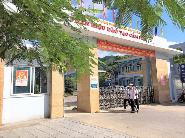 Quảng Ninh: Các cơ sở giáo dục hoạt động trở lại trong trạng thái bình thường mới - Ảnh 4.