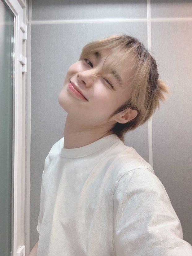 Trainee Việt Hanbin bất ngờ rời Big Hit, về chung nhà với nhóm cosplay BLACKPINK khiến fan Kpop ngán ngẩm - Ảnh 1.