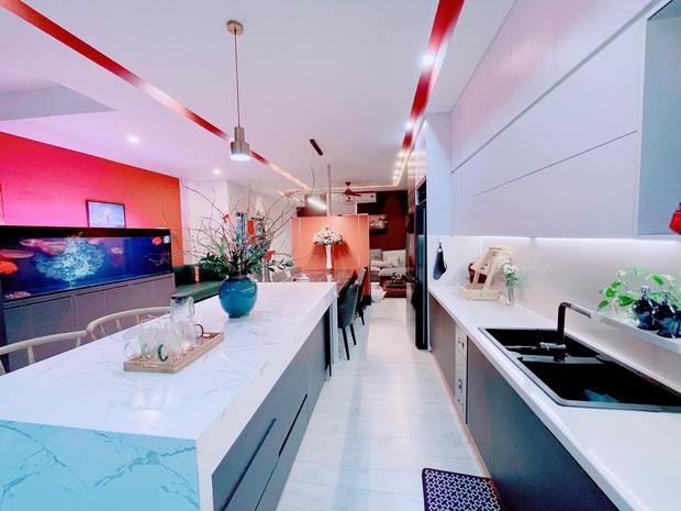 Kinh doanh tự do, vợ chồng xây nhà 4 tầng rộng 680m2, nhìn bếp với sân thượng chỉ biết khen: Đúng là nhà người ta! - Ảnh 3.