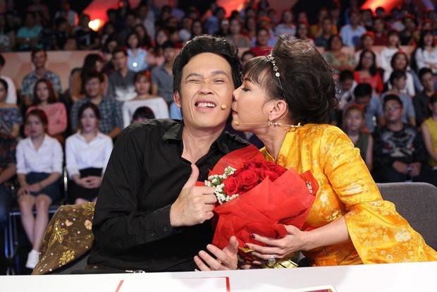 Vì sao Hoài Linh - Việt Hương phải hạn chế đồng hành với nhau trong các gameshow? - Ảnh 3.