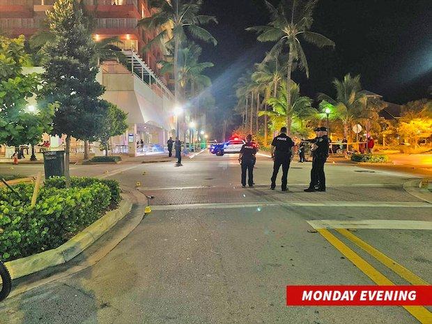 Chấn động vụ 2 ngôi sao nổi tiếng bị bắt khẩn cấp vì cố ý nổ súng giết người, khiến 3 nạn nhân nhập viện và 21 người bị thương - Ảnh 4.