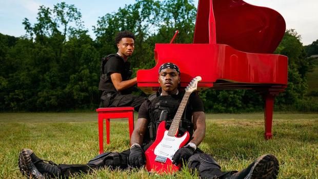 Sốc: Nam rapper vừa bị bắt vì vụ xả súng kinh hoàng tại Mỹ từng 6 lần được đề cử Grammy, còn hợp tác với Dua Lipa trong hit toàn cầu - Ảnh 3.
