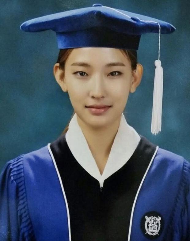 Mẫu Hàn đầu tiên của đế chế Victorias Secret: Á quân Next Top Model đẹp lạ, bốc lửa nổ mắt, tốt nghiệp cả ĐH Seoul danh giá - Ảnh 8.