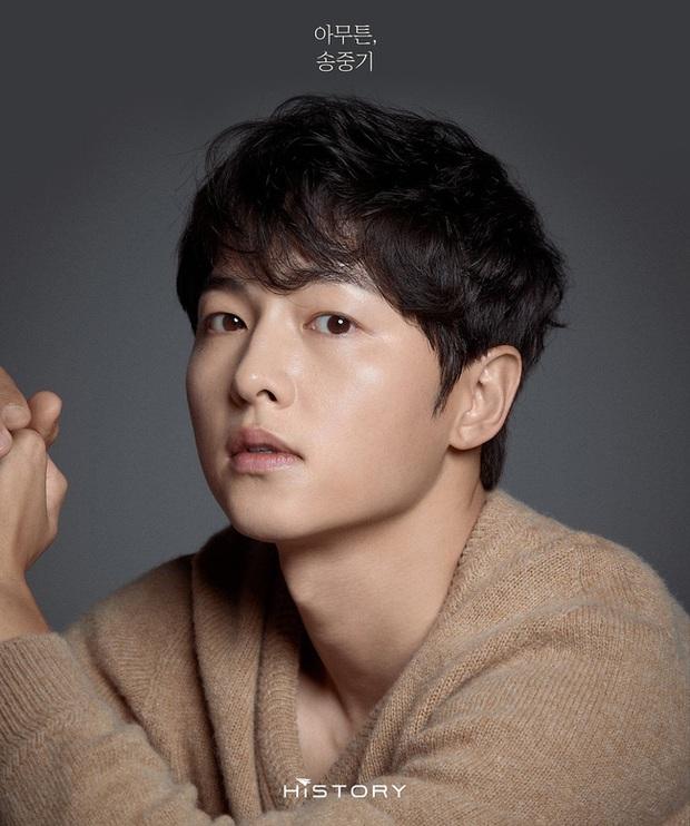 Dàn nam thần Hàn biến hình thành nữ: Song Joong Ki - V (BTS) như búp bê, Lee Dong Wook và 1 nam idol tranh nhau ngôi nữ thần - Ảnh 10.