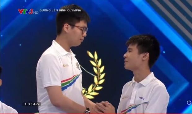 Chuỗi drama căng đét sau cuộc thi quý Olympia: Cả người thắng, người thua, BTC đến Quán quân mùa trước đều dính lùm xùm - Ảnh 11.