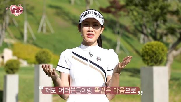 Sốc visual khi Son Ye Jin đi đánh golf trong show truyền hình: Trang điểm nhẹ mà đẹp lịm đi, gió thổi tóc cũng hoá khoảnh khắc tiên tử - Ảnh 5.