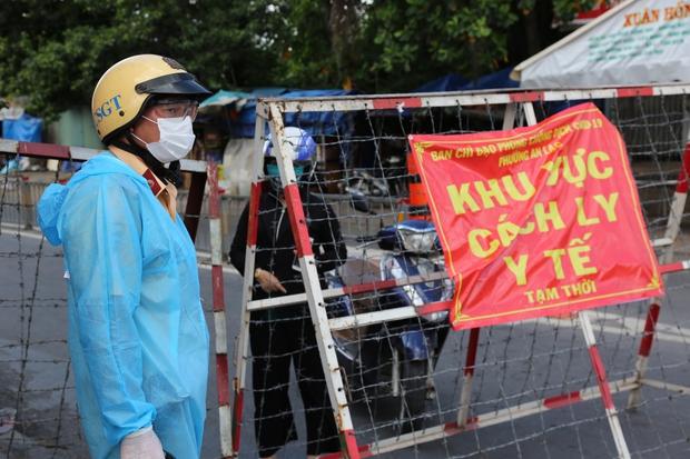 Thêm 80 ca trong ngày 20/6, TP.HCM đã vượt qua số người mắc Covid-19 tại Bắc Ninh ở đợt bùng dịch thứ 4 - Ảnh 1.
