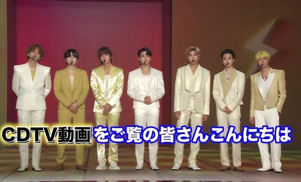 Visual của BTS cũng không cứu nổi outfit đi vào lòng đất trên sóng Nhật Bản, Knet ngán ngẩm đòi đổi ngay stylist! - Ảnh 3.
