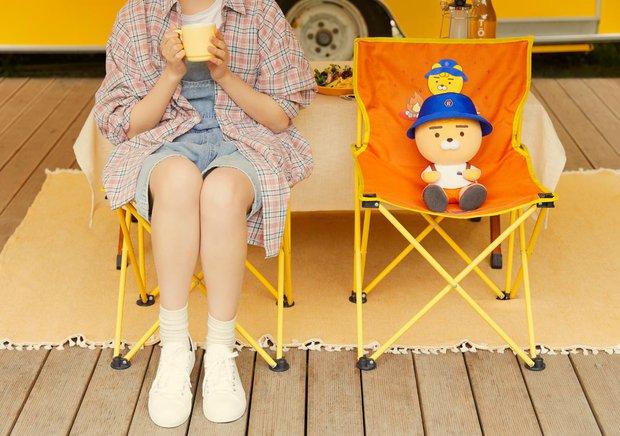 Kakao Friends có 8 món phụ kiện mùa hè cưng xỉu: Từ khuôn làm đá đến đủ loại quạt xinh quá trời - Ảnh 20.