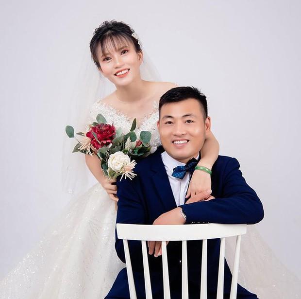 Màn rước dâu bằng xe máy có 1-0-2 ở Nghệ An giữa mùa dịch - Ảnh 2.