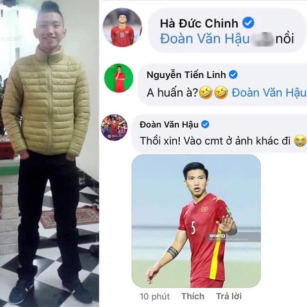 Loạt ảnh bị đào lại của các tuyển thủ Việt Nam khiến fan phì cười: Ai cũng có một thời trẻ trâu - Ảnh 1.