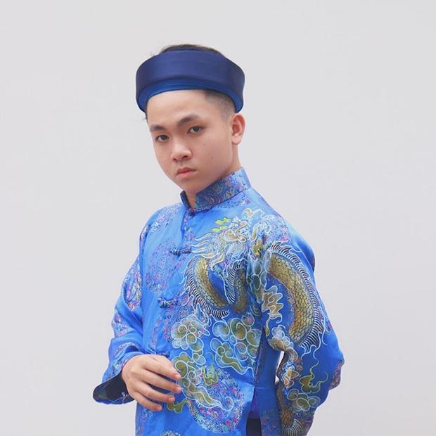Hiện tượng nhí từng đánh bại Phương Mỹ Chi, được Hoài Linh nhận nuôi từ 4 tuổi giờ ra sao? - Ảnh 8.