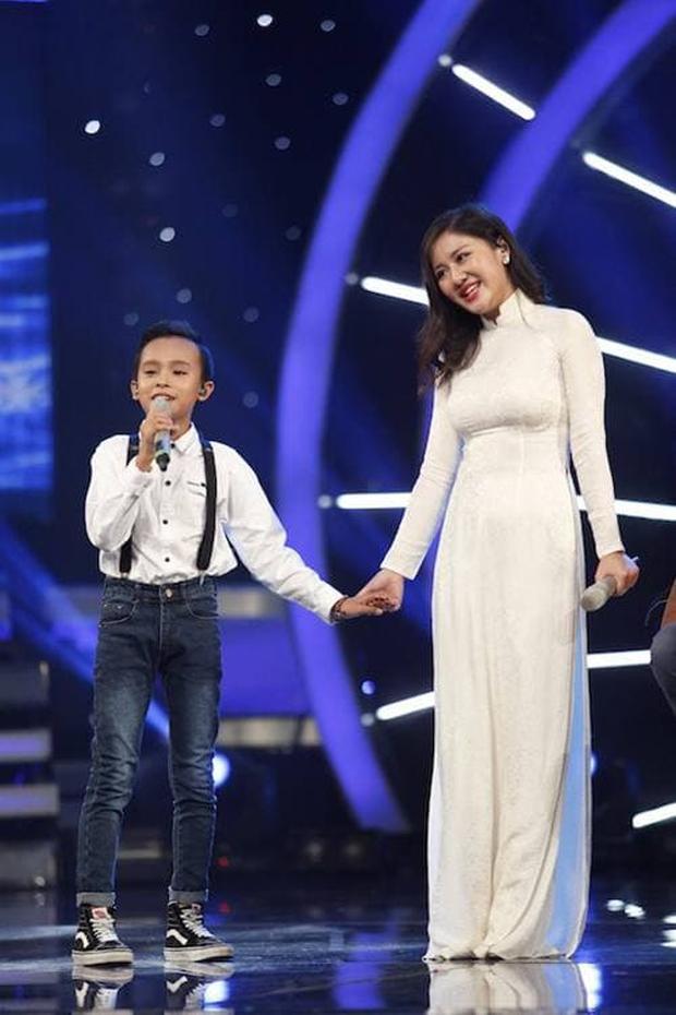 Văn Mai Hương là người góp phần giúp Hồ Văn Cường gặp được mẹ nuôi Phi Nhung - Ảnh 8.
