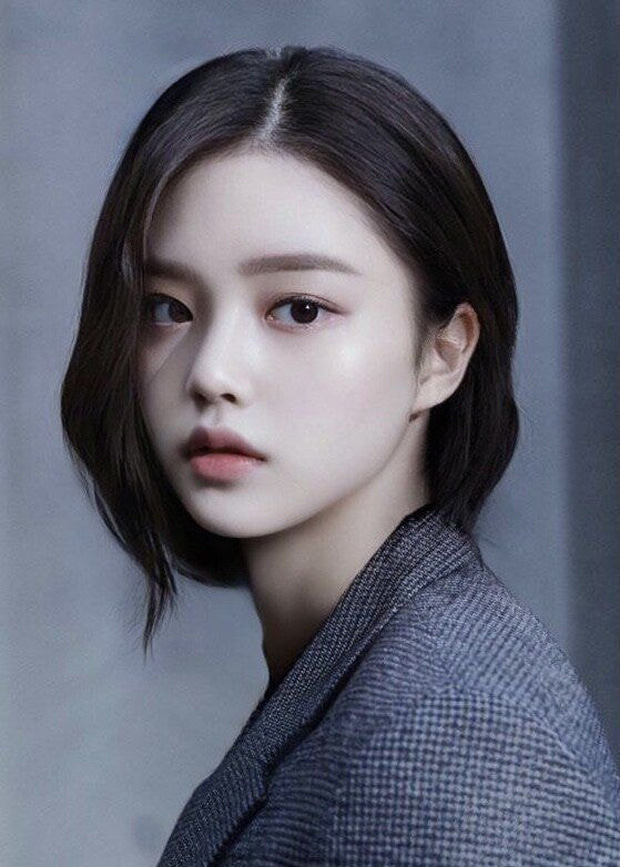 Dàn nam thần Hàn biến hình thành nữ: Song Joong Ki - V (BTS) như búp bê, Lee Dong Wook và 1 nam idol tranh nhau ngôi nữ thần - Ảnh 9.