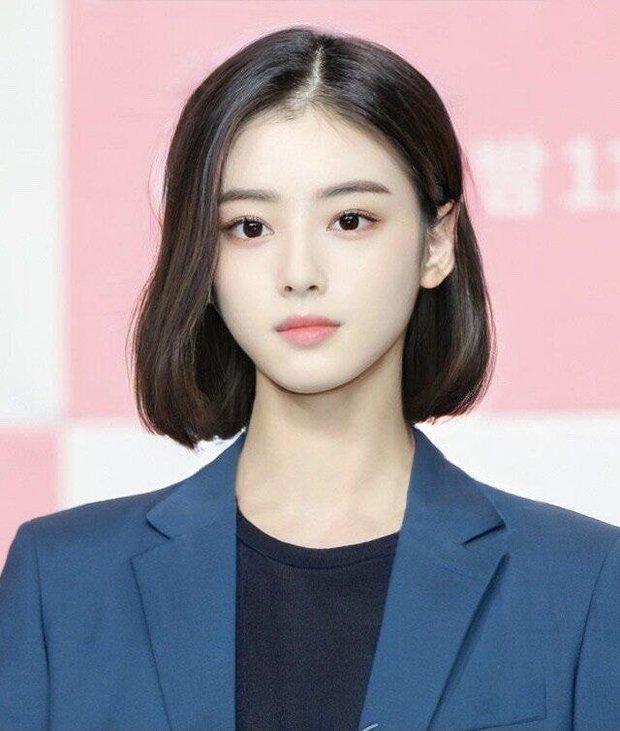 Dàn nam thần Hàn biến hình thành nữ: Song Joong Ki - V (BTS) như búp bê, Lee Dong Wook và 1 nam idol tranh nhau ngôi nữ thần - Ảnh 5.