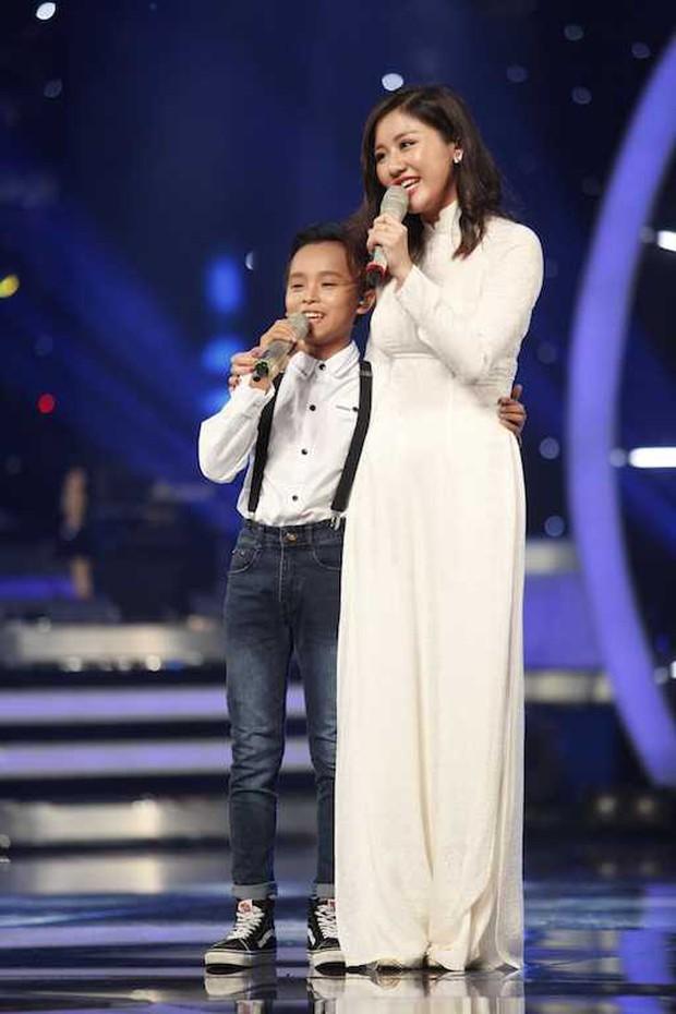 Văn Mai Hương là người góp phần giúp Hồ Văn Cường gặp được mẹ nuôi Phi Nhung - Ảnh 9.