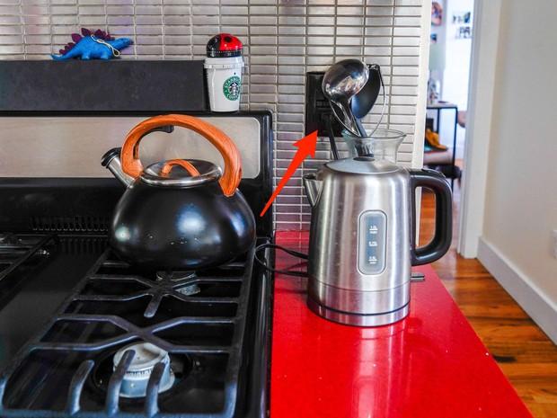 5 tác nhân khiến bạn xì trét khi bước vào bếp, nhìn là thấy mất hết cảm hứng nấu ăn - Ảnh 2.