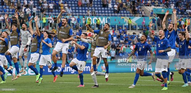 Italy 1-0 Xứ Wales: Dàn trai đẹp nước Ý toàn thắng tại vòng bảng Euro 2020 - Ảnh 7.