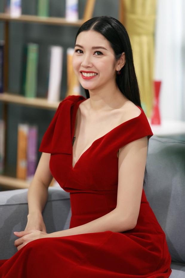 Á hậu Thuý Vân bắn tiếng Anh như nuốt mic, chia sẻ phương pháp học hiệu quả ngay trên livestream - Ảnh 3.