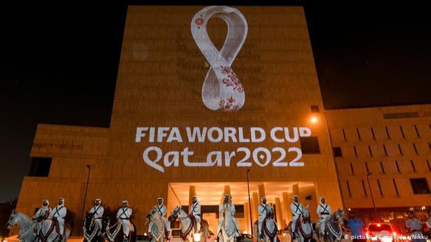 Qatar tuyên bố chỉ cho phép cổ động viên đã tiêm vắc xin vào sân xem World Cup 2022 - Ảnh 1.
