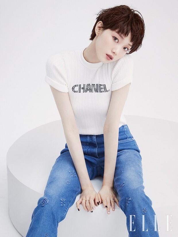 Tiên nữ cử tạ Lee Sung Kyung bất ngờ đổi gió xuống tóc ngắn chưa từng có, người đâu lột xác tomboy mà vẫn đẹp không chê nổi - Ảnh 8.
