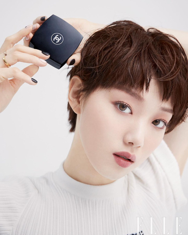 Tiên nữ cử tạ Lee Sung Kyung bất ngờ đổi gió xuống tóc ngắn chưa từng có, người đâu lột xác tomboy mà vẫn đẹp không chê nổi - Ảnh 6.