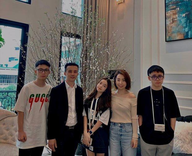 Meo Xinh - tiểu thư Hà Nội lần đầu khoe hình với bikini, nhan sắc và thần thái tuổi 15 đỉnh quá trời ơi - Ảnh 5.