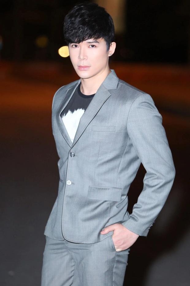 Nathan Lee bức xúc khi xem clip giám khảo Vietnams Next Top Model gào thét, ngỏ ý muốn trở lại show? - Ảnh 1.
