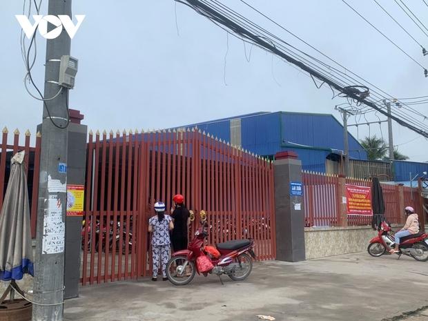 Một doanh nghiệp ở Tiền Giang bị phong tỏa do có ca dương tính với SARS-CoV-2 - Ảnh 1.