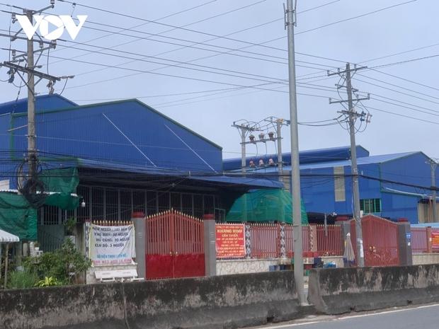 Một doanh nghiệp ở Tiền Giang bị phong tỏa do có ca dương tính với SARS-CoV-2 - Ảnh 2.